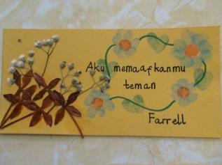 Salah satu kartu maaf buatan murid SD saya, Farrell