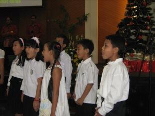 Paduan suara anak, tampil di Natal Desember 2008