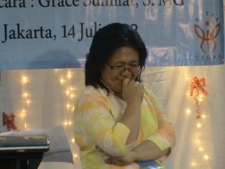 Saat mengajar di Seminar 1000 Metode Kreatif di GPDI Petra Jakarta