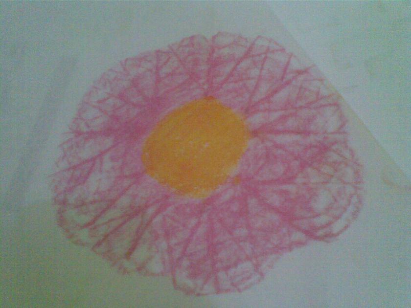 Jadi bunga, bedakan warna as dan warna kelopak,  jgn lupa lengkungkan bagian luar spt kelopak, jangan seperti sinar
