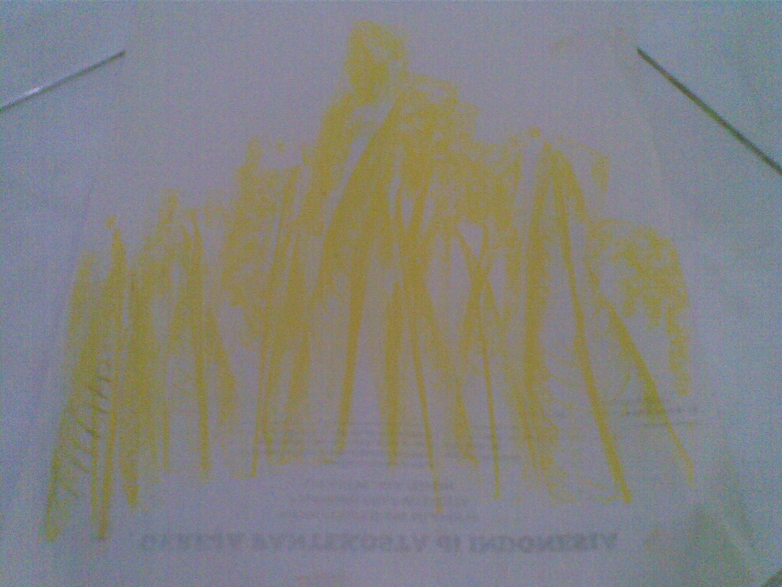 Jiplak dgn warna kuning hanya bagian bawah saja