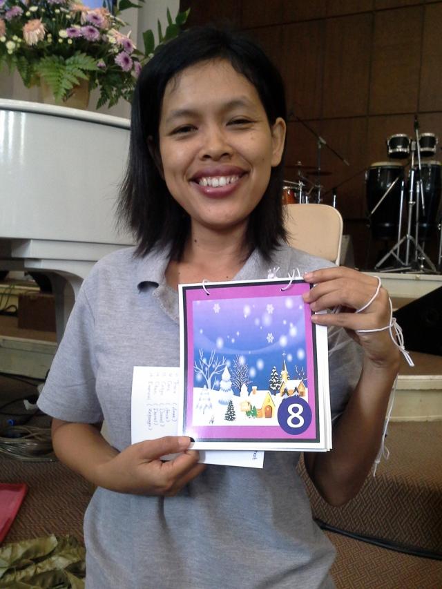 kartu kalung yang siap dikalungkan ke anak-anak pembidik
